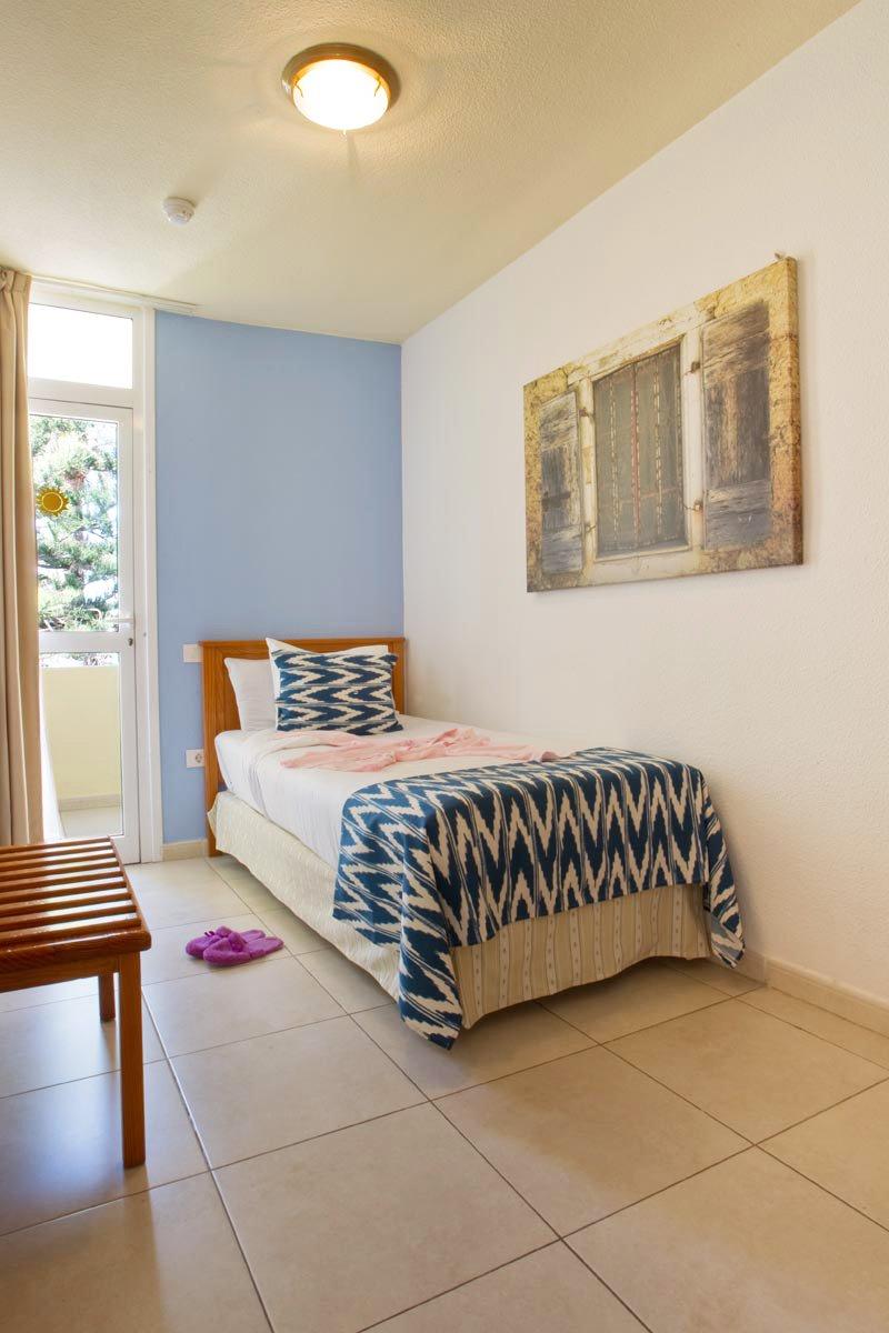 Dormitorios adultos good estupendo decoracion habitacion for Decoracion de dormitorios adultos